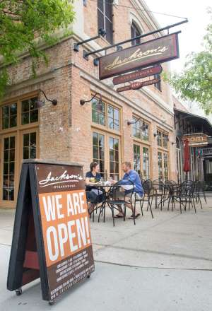These Pensacola restaurants are re-opening: Here's a rolling list of information