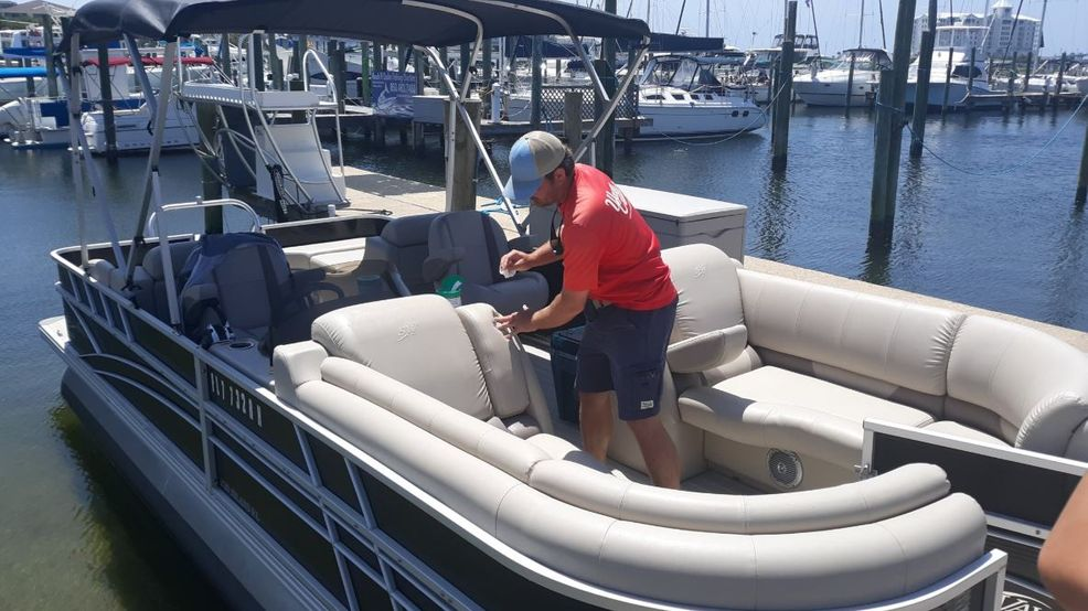 Local boater offering dinner cruises along Pensacola Beach