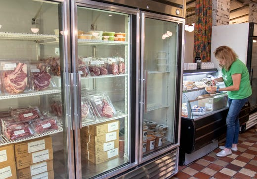 Cypress pivoting from restaurant to bread and meat retail store, partnering with Evans Meats