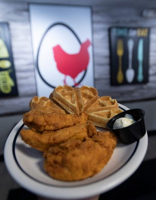 Chicken 'N The Egg breakfast, lunch and dinner restaurant replaces Pensacola IHOP