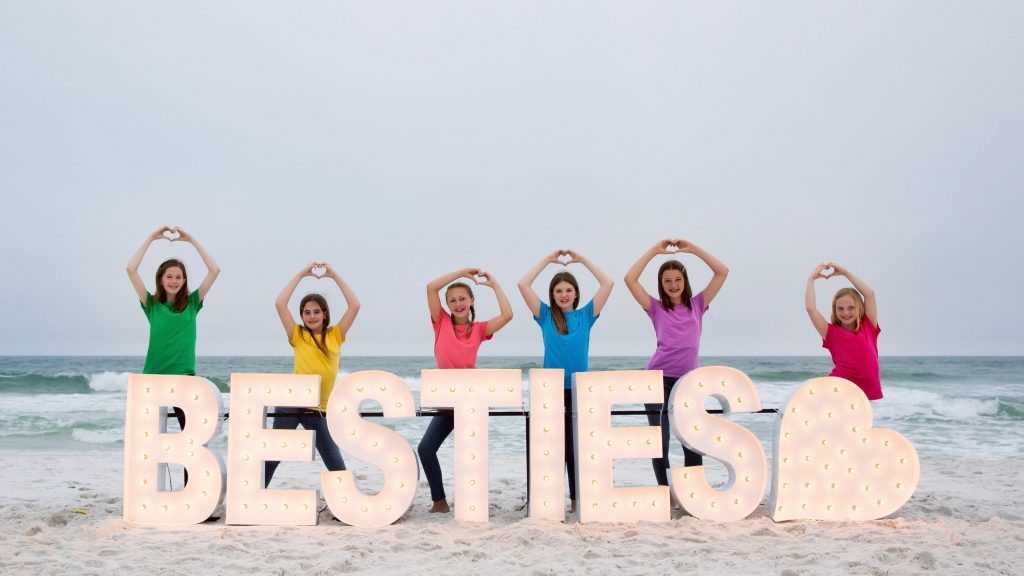 Alpha-Lit Pensacola illuminates community with custom displays | New Business