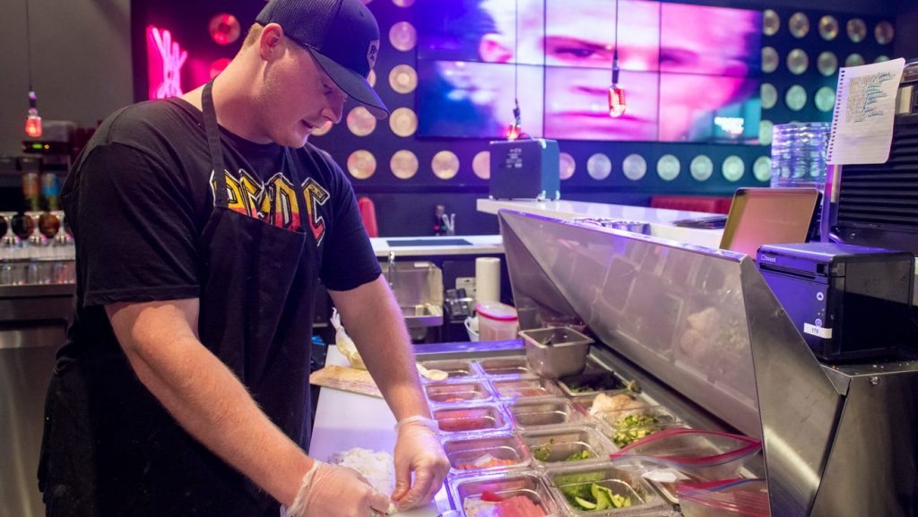 Rock N Roll Sushi opens new Beulah location inside new Nine Mile Crossing Publix plaza