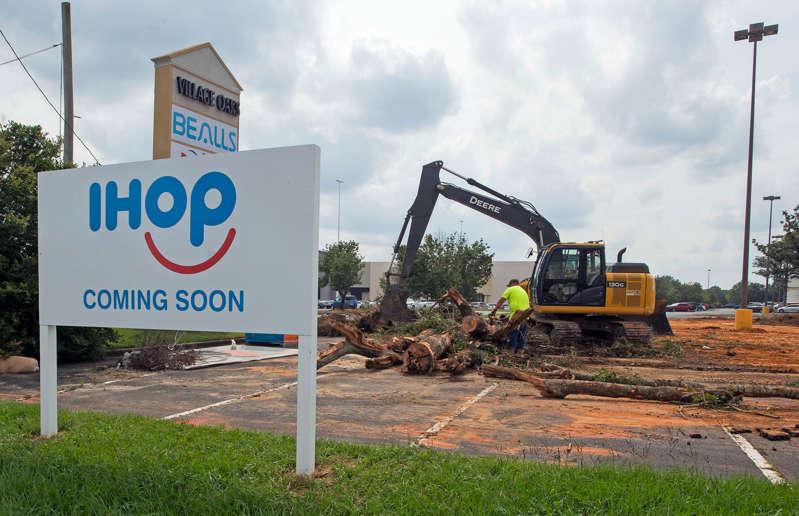 New Pensacola IHOP being built on North Davis Highway